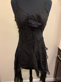 Black Silk Lace & Beaded Top Women's Size M Fishers, 46037