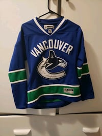 Official Vancouver Canucks Womens Small Jersey  Kelowna, V1Y 5E5