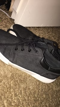 Size 9.5 Tampa, 33611