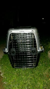 black and gray pet carrier Romeoville, 60446