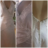 women's white floral lace sleeveless wedding gown Toronto, M9V 4P5