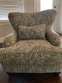 gray and black floral sofa chair Canton, 39046