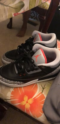 pair of black-and-white Air Jordan shoes Olney, 20832