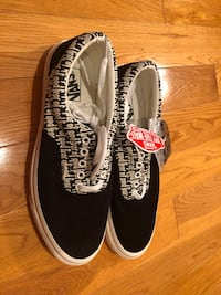 Fog vans size 11 Los Angeles, 90045