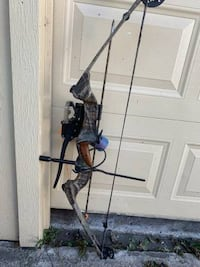 Hoyt reflex compound bow