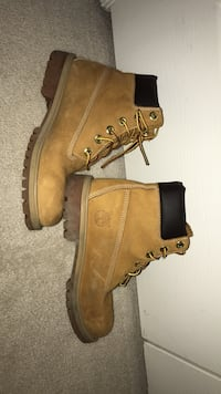 Pair of brown timberland work boots Frederick, 21704