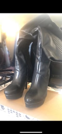 Bamboo heel boots brand new size 6  South Gate, 90280