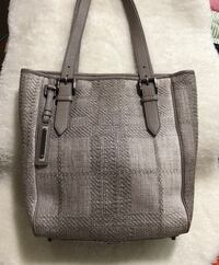 Authentic BURBERRY tote bag Toronto, M2J 2C4