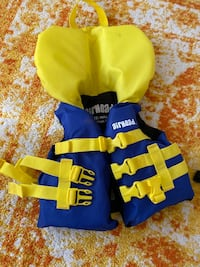 Infant Life Jacket (up to 30 lbs or 14 kg) Toronto, M2R 3J8