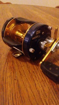 blue and gold 6600 C4 cabellas fishing reel Creswell, 97426