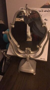 Mirror for vanity like new . It was used in a show room. Its about 1/12 foot long and 12' wide . Lynwood, 90262