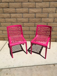 2 Chairs Indoor/Outdoor-Retro/Modern-High Quality Propylene & Glass Fiber-New Never Used/ Paid 45.00 plus tax for each one-Fushia in Color Very Nice!!! Indio, 92201