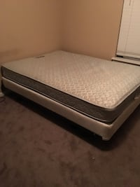 Full Size Bed Tallahassee, 32304