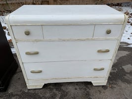 White three drawer solid wooden dresser