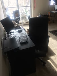 Desk and chair  726 km
