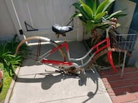 Schwinn 26 inch beach cruiser parts bike. No wheel Huntington Beach, 92646
