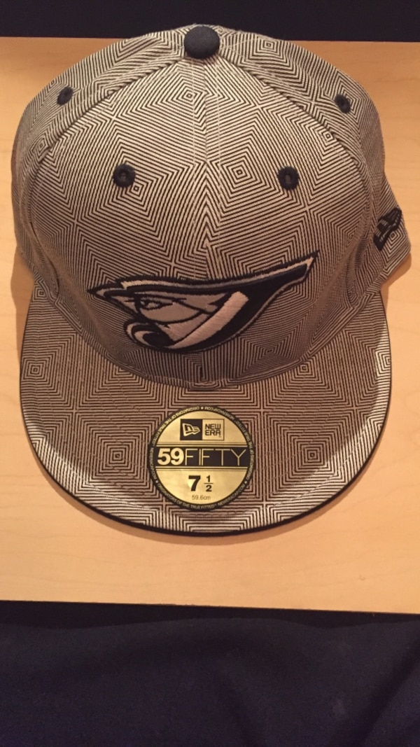 NEW ERA FITTED • LIMITED EDITION •
