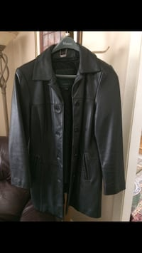 Black leather button-up jacket Beaconsfield, H9W 6A3