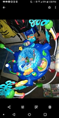 baby's blue and green jumperoo Sterling Heights, 48314