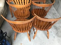 Ethan Allen table with 4 sturdy chairs good condition  Mansfield, 02048