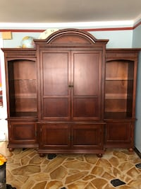 Wood Entertainment Unit and TV Stand Mahogany Laval, H7T 1C8