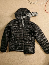 Ultra light weight puffer jacket Markham, L3R 5R9