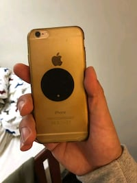 gold iPhone 6 with brown case Mississauga, L5L