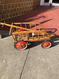 Antique 4 wheeled cart Scappoose, 97056