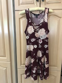 Ladies Floral Dress - Size Small Vaughan, L6A 1Y4