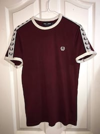 Fred Perry tee shirt size xs Surrey, V3V 7C3