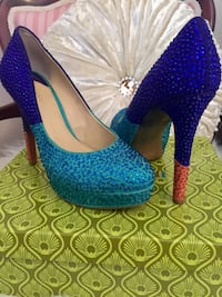 Pair of blue and teal studded platform pumps Albuquerque, 87104