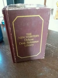 1986 Webster's deluxe desk reference library  Moorhead, 56560