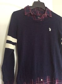 Woman's Ralph Lauren top size medium. Great condition  Laval, H7X 3R8