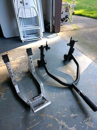 Front and rear Motorcycle jack stands