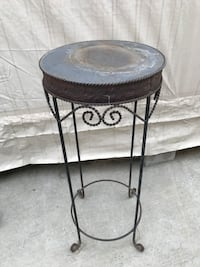 Metal plant stand Westminster