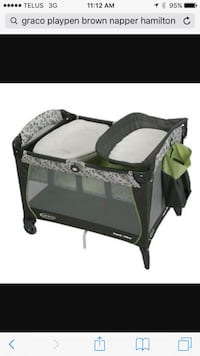 black and white Graco pack n play Russell, K4R 0B7