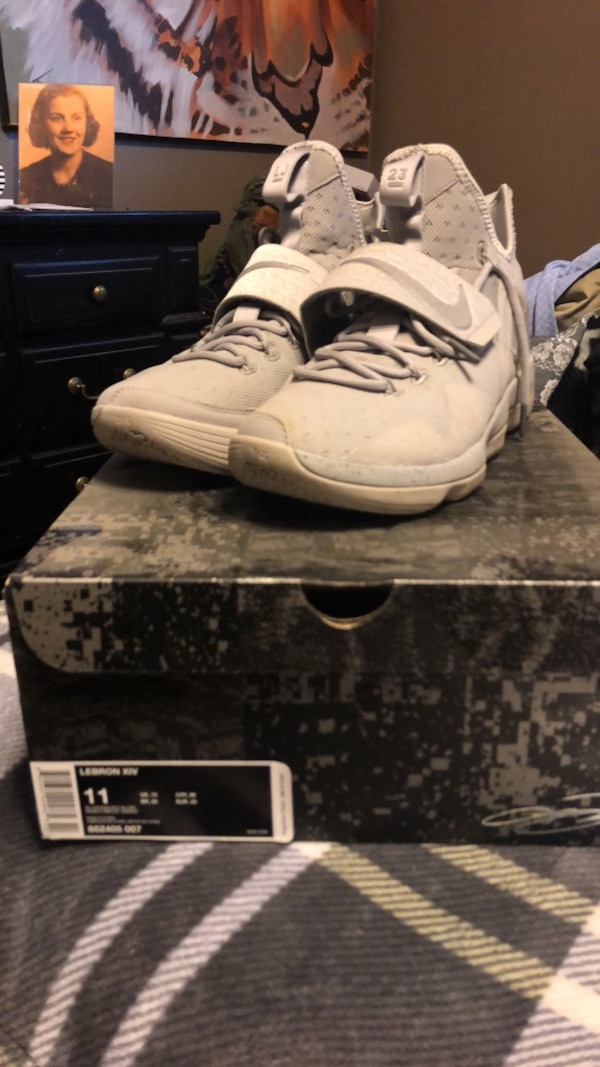 670aa0001 Used Shoes for sale in Denton - letgo