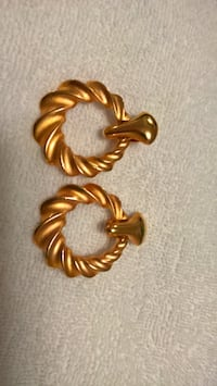 Custom Clip-on Large Gold Earrings Mississauga