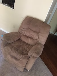 Brown suede recliner sofa chair Columbia, 29223