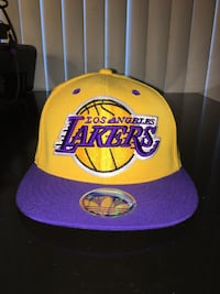 red and yellow Los Angeles Lakers cap Los Angeles, 90025