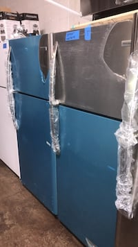New Frigidaire 30in top and bottom refrigerator 6 months warranty Baltimore, 21223