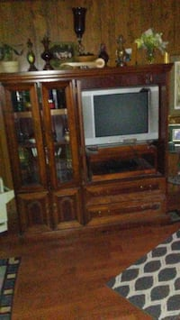 brown wooden TV hutch with CRT television Pell City, 35125