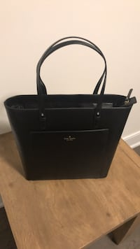 Black leather 2-way handbag Innisfil, L0L