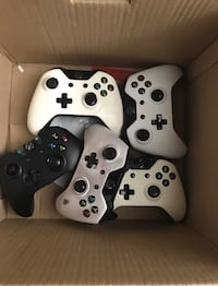 Xbox one wireless Controllers for parts Los Angeles, 90029