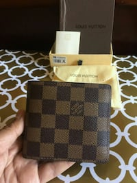 Awesome Brown Checked Wallet in Box Mississauga, L5R