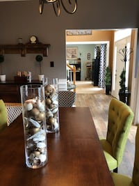 Beautiful dining table with 3 extension leafs Washington, 20032