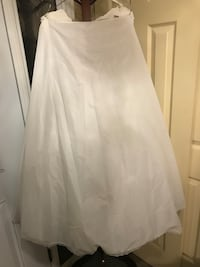 Crinoline Skirt  Burlington, L7L 5L9