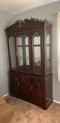 China cabinet (two pieces) Bowie, 20715