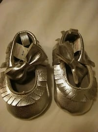 Silver Girl's Shoes Size 0 - 12 Las Vegas, 89103