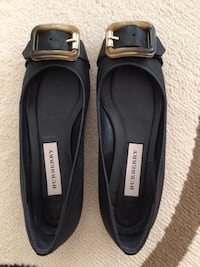 Burberry flat shoes 95% new, no mark no scratch, size 36, Black Markham